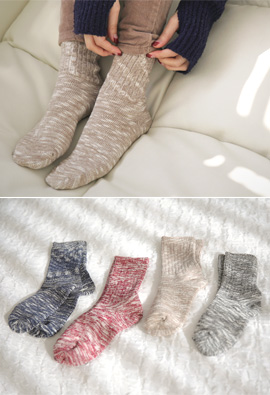 Two-tone Bokashi Color Sense Socks <br>