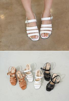 Delicate Gloss Strap Toe open heel <br> <FONT color=#980000>◆ Left Quantity: Carmel / 225 1Piece</font> <br>
