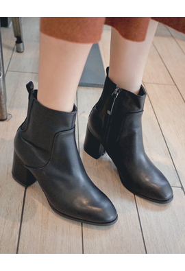 Trendy Banding Square Angle Boots <br> <FONT color=#980000>◆ Remaining Quantity: Black / 235 1 pair</font> <br>