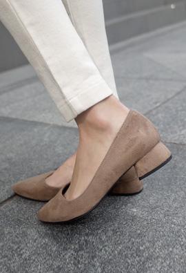 Unique Heel! Suede Middle Hill <br>