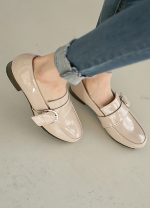 Buckle Point Delicate Paydunt Loafers <br>
