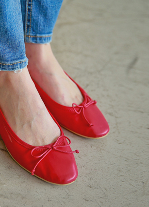 Pretty Lovely Ribbon Flat shoes with color <br>