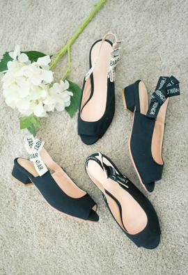 jadior fabric sling backs middle heel <br> <FONT color=#980000>◆ Remaining Quantity: Black / 225 1</font> <br>