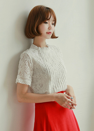 High Quality Pinteok Lace Blouse <B>(M, L)</b> <br> (Broadcast sponsorship) [late 50Piece]