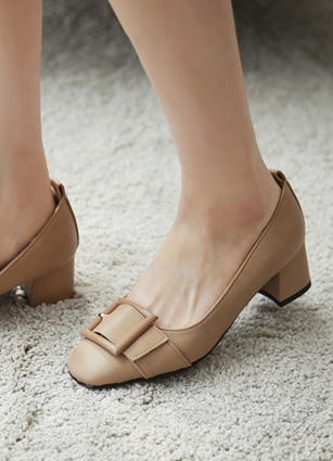 "Square motif Buckle Middle Hill <br> <font color=""#ed1558""><b>[height heel: 4.5cm]</b> <br></font>"