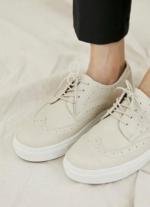"""Loafer Detail Eyelet Sneakers <font color=""""#ed1558""""><b>[Heel: 3cm]</b> <br></font>"""