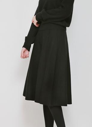 Pinteok Banding Knit Flare Skirt <br>