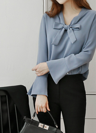 Pearl Point Ribbon Tie Blouse <br>