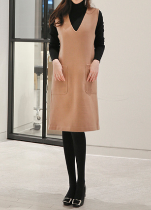 Inverno V-neck Wool Sleeveless One-piece dress <BR>