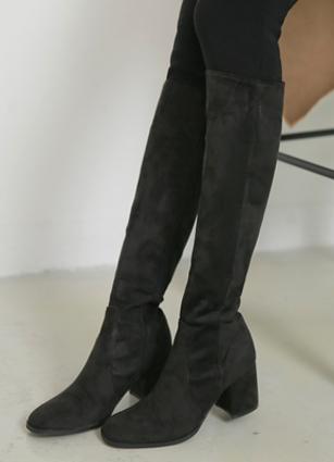 "Glam Suede Middle Long Boots <br> <font color=""#ed1558""><b>[height heel: 6.5cm]</b> <br></font> <FONT color=#980000>◆ Quantity left: Black / 225 1Piece</font> <br>"