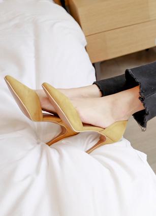 "Suede side trimmed Stiletto heel <font color=""#ed1558""><b>[Heel: 9cm]</b> <br></font> <FONT color=#980000>◆ Quantity left: Yellow / 230 1Piece</font> <br>"