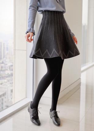 Zigzag dot color Knit Flare Skirt <br>