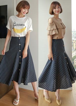 Adel Stripe Linen Rear Bending Button Skirt <br>