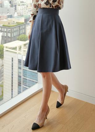 Flare Skirt <br> <FONT color=#980000>◆ Quantity left: Carmel / S 1, Carmel / M 1</font> <br>