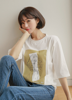 Woman Drawing Rouge T-shirt <br>