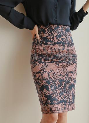Ross jacquard pattern Span Skirt <br> <B>(S ~ M) / broadcast sponsorship product</b> <br> <FONT color=#980000>◆ Remaining volume: Cream Ivory / S 1 piece</font> <br>