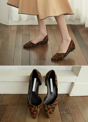 "Belly Hopi Stiletto Flat shoes <br> <font color=""#ed1558""><b>[height heel: 1cm]</b> <br></font>"