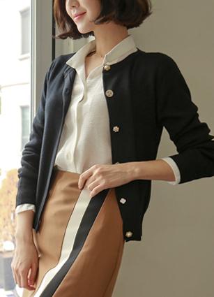 Rich Jewel Button Wool Cardigan <br>