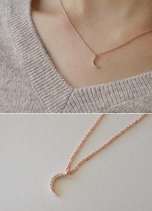 Stella moon necklace <br>