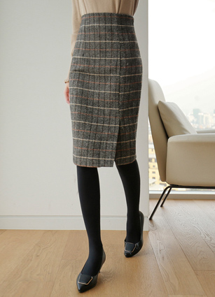 Dela Slit Check H Wool Skirt (S, M, L) <br>