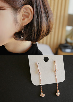 Core cubic flower olive earring <br>
