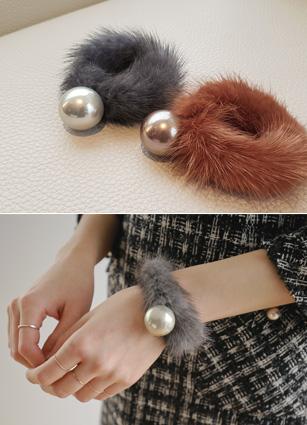 Pearl Minkfur bracelet & head strap <br>