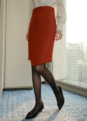 Selvin Eonbal diagonal cut wool skirt <B>(S, M, L)</b>