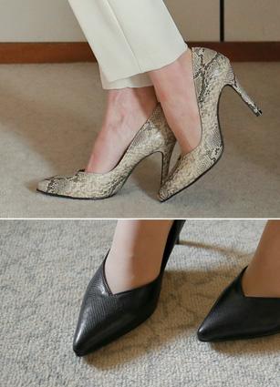 """Snake skin stiletto heel <font color=""""#ed1558""""><b>[Heel: 9cm]</b> <br></font>"""