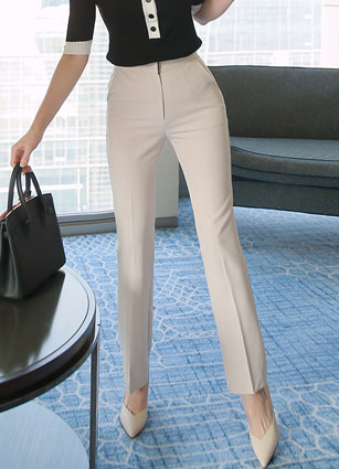 S / S Vera Wang Secret Bending Date Slacks <br> <FONT color=#980000>◆ Remaining Quantity: 1 Black / M, 1 Black / L</font> <br>