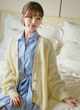 Seiko gold button Eonbal loose fit Cardigan <br>