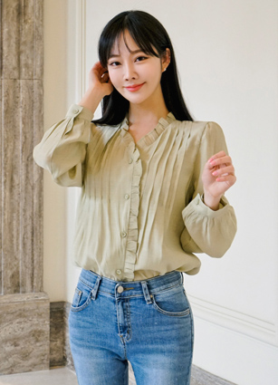 Sophie and Pinteok frilly neckline Blouse <br> (Broadcast support) (same day dispatch)