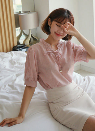 Becky Stripe Frill Linen Blouse <br> [Later 57Piece] (Broadcast sponsorship)