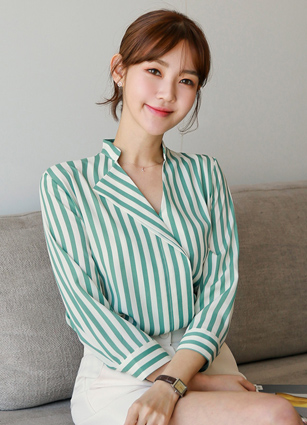 Karen Unbala Stripe 7Part Blouse <br> (Broadcast sponsorship)