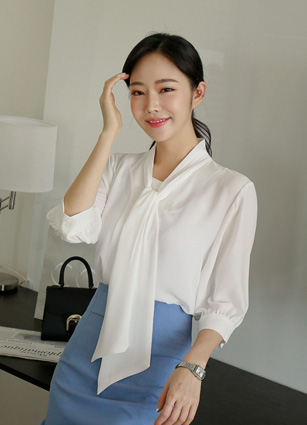 Perth Pleated Thai 7Part Blouse <br> (Broadcast sponsorship) <br>