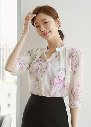 <b><FONT color=#980000>new ◆ 10% discount</font></b> <br> Nerja Pinteok Flower Chiffon Blouse