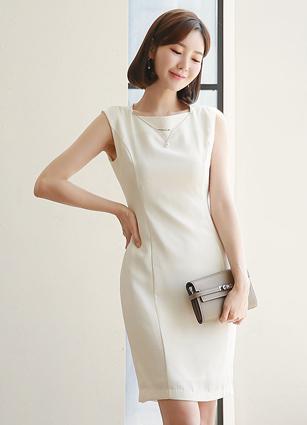 Cledi Sleeveless One-piece dress (Necklace SET) <B>(S, M, L)</b>