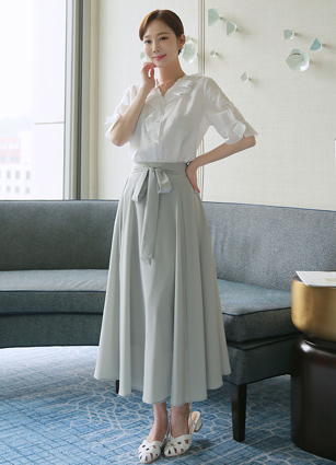 <b><FONT color=#980000>CodySET 10%</font></b> <br> San Diego Unvalled Neckline Linen Blouse + <br> Parfait Bundle Flare Long Skirt