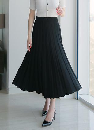 Amelie Wrinkles Summer Knit Skirt
