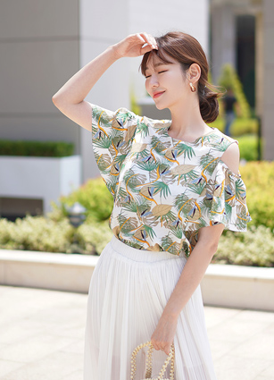 Mull Off shoulder Blouse