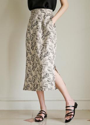 <b><FONT color=#980000>[60% off clearance]</font></b> <br> Leaves Linen Back Bending Skirt