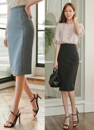 Buruni Simple Incision H Skirt <B>(S, M)</b>