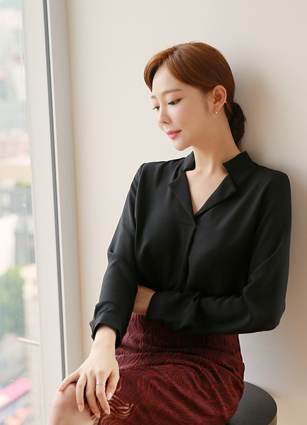 Twosome Simple Kara Blouse