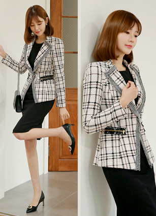 Perfect Line Tweed Jacket (S, M, L)