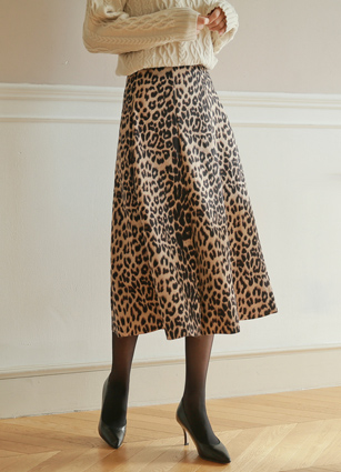 Hit Leopard Skirt <br>