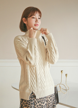 Amber Cable Knit
