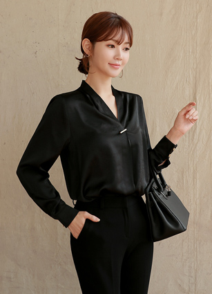 Hera Silky Blouse <br>