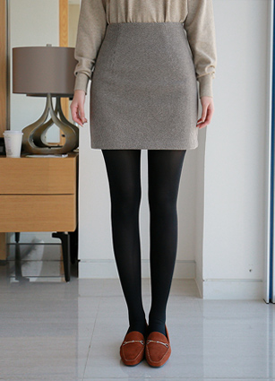 Henry Check Wool Mini skirt (S, M) <br>