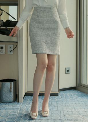 Belluna Tweed Skirt(S,M) <br>