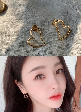 Empty Heart Gold earring <br>